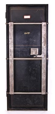 c  1920 reinforced steel chicago bank vault or