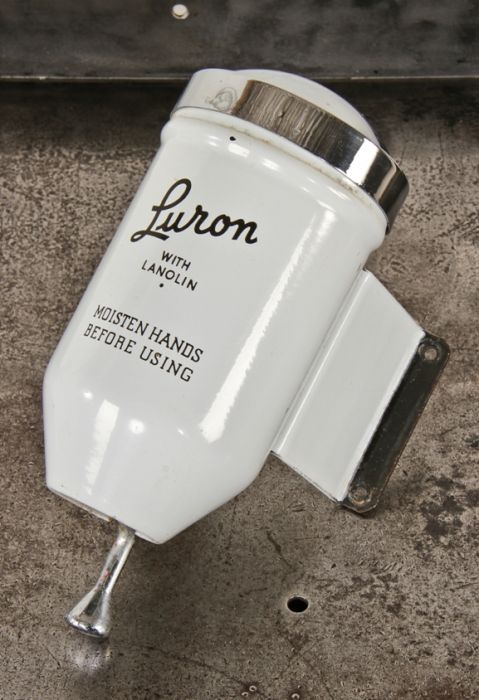 Highly Desirable All Original And Intact Porcelain Enameled Steel Luron Brand Boraxo Hand Soap Wall Mount Factory Lavatory Dispenser