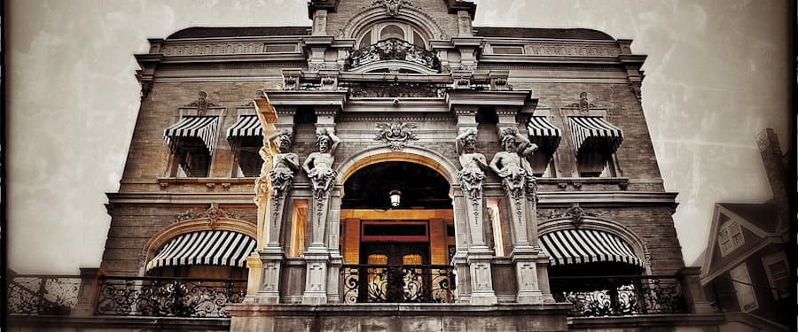 """photographing the joseph b. kalvelage house, a.k.a """"the castle on kilbourn"""" with emphasis on its terra cotta figures"""